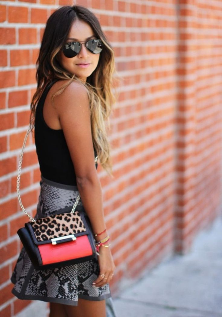 12 Fashionable Mini Skirt Photo; Short Skirts
