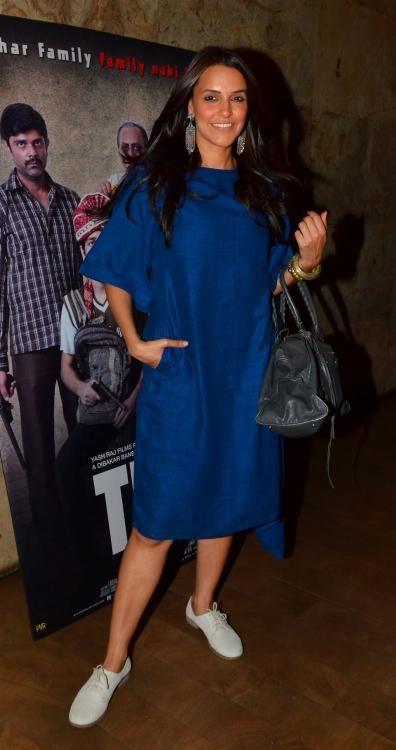 Varun Dhawan, Neha Dhupia & other celebs catch a screening of 'Titli'…