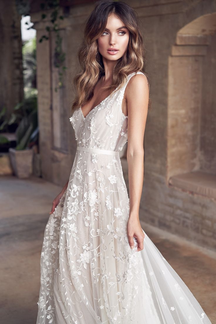 Anna Campbell Bridal | Amelie Dress | Wanderlust Collection | Available worldwid…