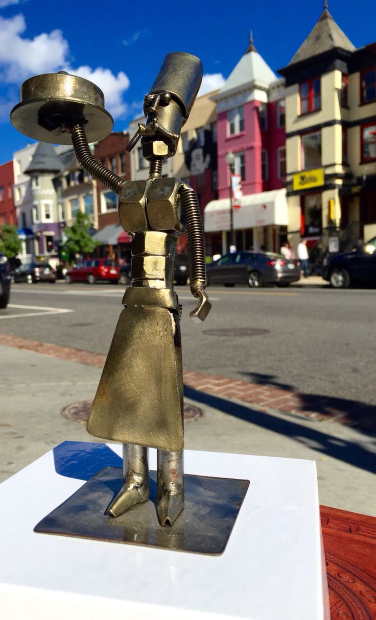 """""""El Chef"""" - Recycled hardware metals sculpture - 9"""" tall - by Edwin Anticona - $189"""