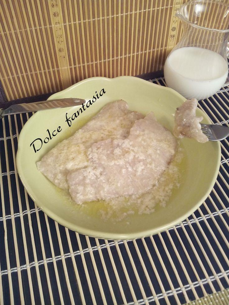 Le fettine di lonza al latte sono un ottimo secondo facilissimo e velocissimo da preparare in circa un ora avrete il vostro piatto pronto. E' un piatto tal