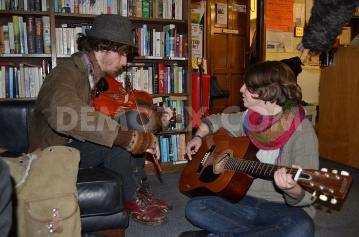 Squatters save Friern Barnet Library from being silenced in London