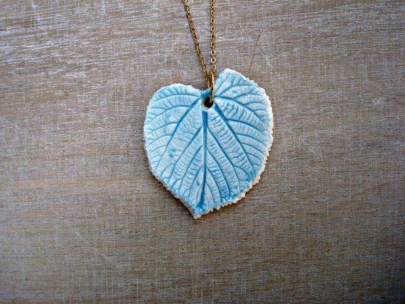 Collier feuille bleu ciel collier fin minimaliste par Oerine