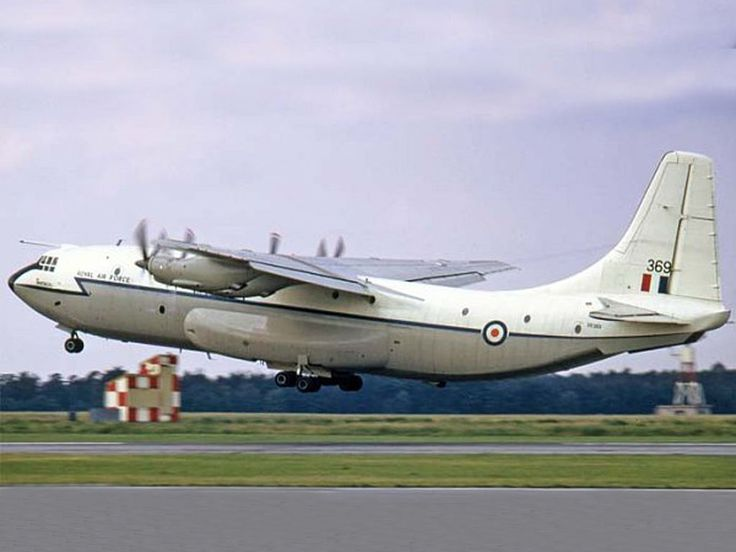 1964 - Royal Air Force (RAF) Short Belfast (Heavy Lift Turboprop Freighter)