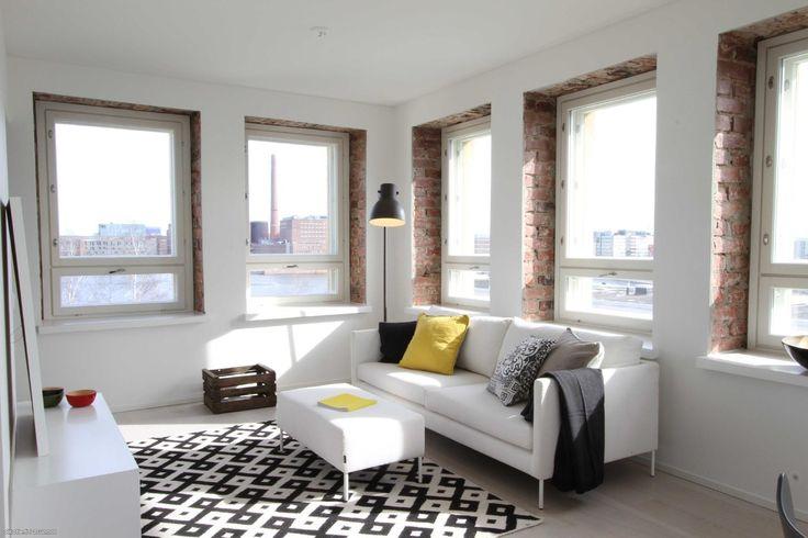 Myytävät asunnot, Pohjoiskaari 15, Helsinki #oikotieasunnot #olohuone #livingroom