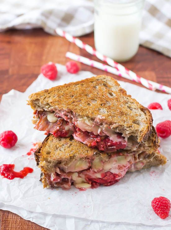 Raspberry Chipotle Bacon Grilled Cheese - The Law Student's Wife |