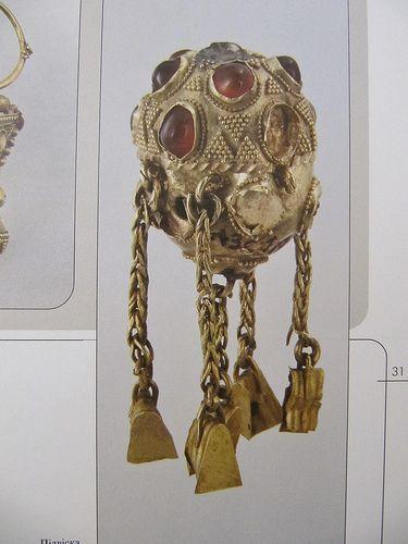 (Ukraine) Gold Pendant. ca 7th century BCE. The Museum of Historical Treasures of Ukraine, Kiev.