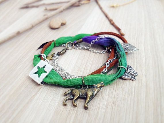 Wolf woodland anklet. Wolf jewelry Green Sari silk, woodland charms, wolf ankle bracelet, boho anklet, forest anklet, bohemian jewelry, star on Etsy, $19.54