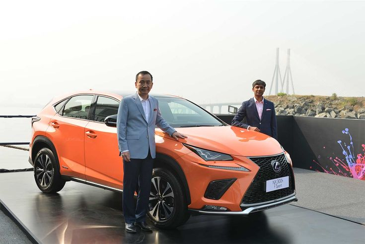Lexus India has showcased its next hybrid electric vehicle the 2018 Lexus NX 300h SUV. Price and other retail details will be out later by January 2018