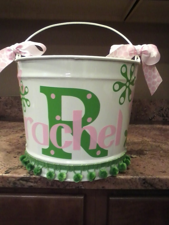 Think I will use the cricut and make these as easter baskets :)