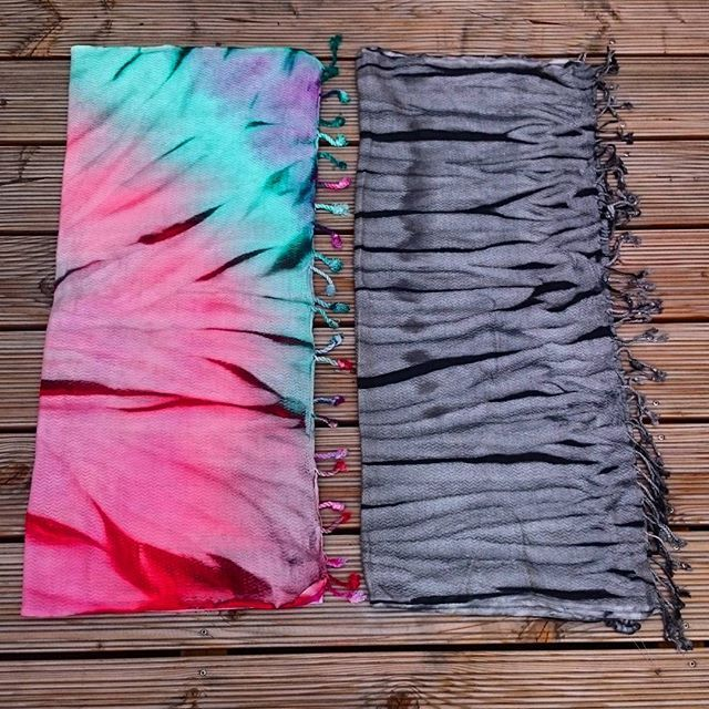 Batik Strandtuch / Toalla playa  Cotton-BambooMix towel for yoga, beach, travel and sport. Living life with colours!