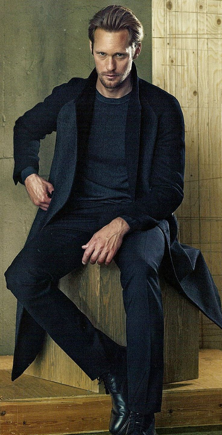 Alexander Skarsgard...oh yum, def the reason I watched true blood!
