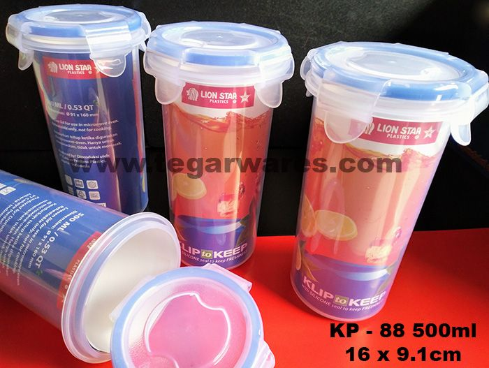 Tumbler Glass Lion Star Clip to Keep Series KP-88 capacity 500ml   Size: 16 x 9.1cm               Featuring an easy-to-open lid to create a better drinking experience. It has a very iconic shape, the KP88 has four locks on the lid as well as a rubber seal that helps keep it from leaking. Suitable made souvenirs loyal visitors your restaurant or cafe. We're happy to help our customers get the best mugs or glasses, then tailored to their needs.