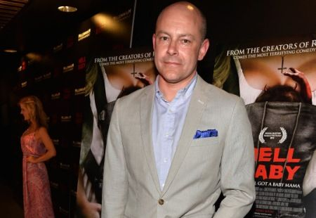 """Rob Corddry will return in the """"Community"""" Season 5 premiere to play the role of awful lawyer Alan Connor."""