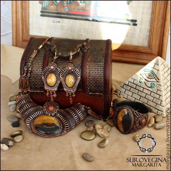 """Купить Комплект украшений """"Звездные Врата"""", симбирцит, кожа - коричневый, коричневый цвет, коричневый браслет"""