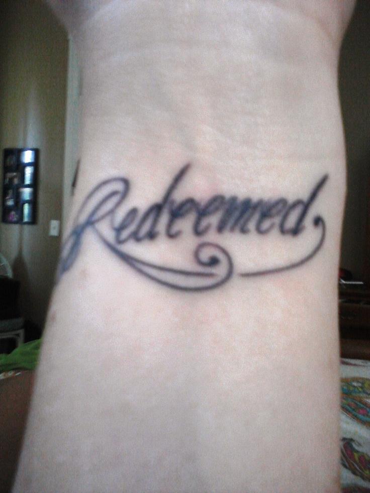 Les 38 meilleures images du tableau tatouage femme poignet sur pinterest cheville tatouage - Tatouage larme signification ...