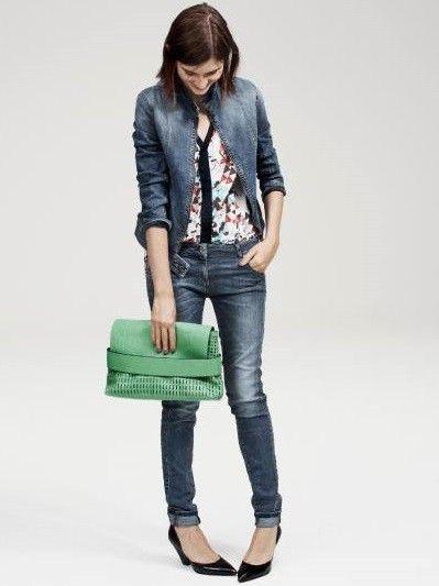 Abbigliamento per il lavoro informale: denim total look