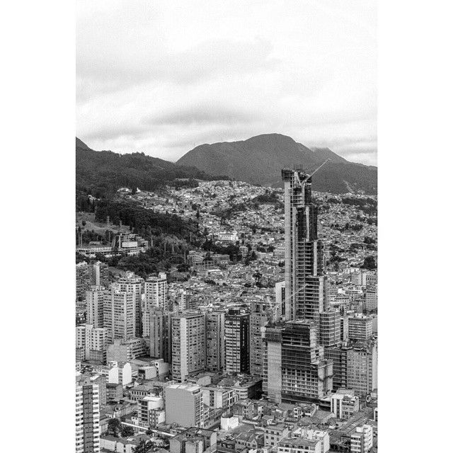 Torre BD Bacatá / Beautiful Bogotá 027 #bdbacata #tower #igersbogota #ig_bogota #igerscolombia #garcasphotographer #bogotacity #loves_bogota #centrodebogota