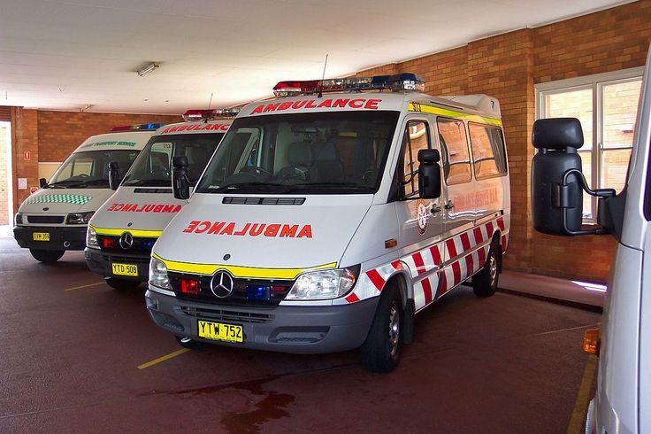 Ford VH Transit ambulance & 2003 Mercedes Benz Sprinter 316 CDi ambulances (5350814966).jpg