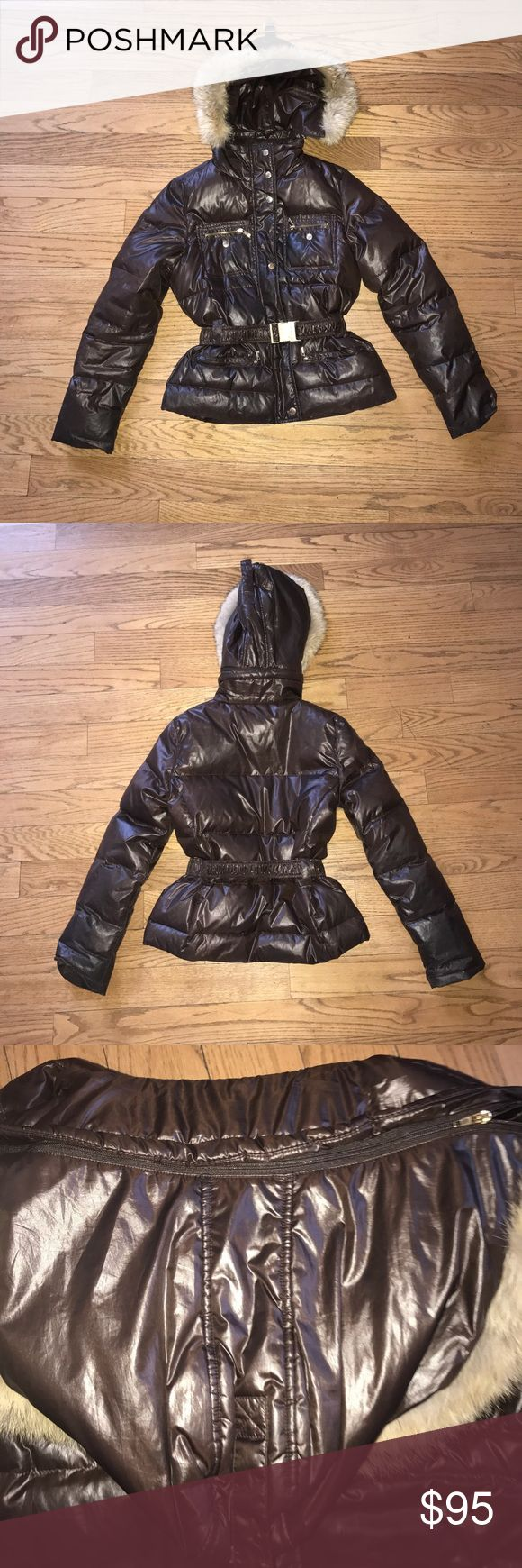 Brown Michael Kors Puffer Coat W/ fur Excellent condition. Perfect coat for the Winter with fur. Comes with a belt and hood is detachable. Lots of pockets for storage. Michael Kors Jackets & Coats Puffers