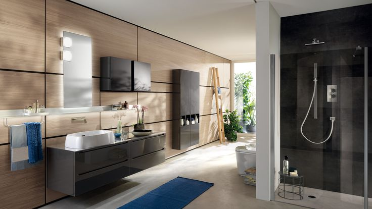 Characterised by user-friendly grooves for door openings, the Idro project offers a refined and enjoyable ambience | #Bathrooms | #Scavolini