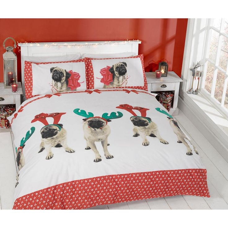 Christmas Double Duvet Set - Pugs & Kisses! Take Christmas to the bedroom with these bedding sets. Includes: 1 x duvet cover, 2 x pillowcases. 4 designs