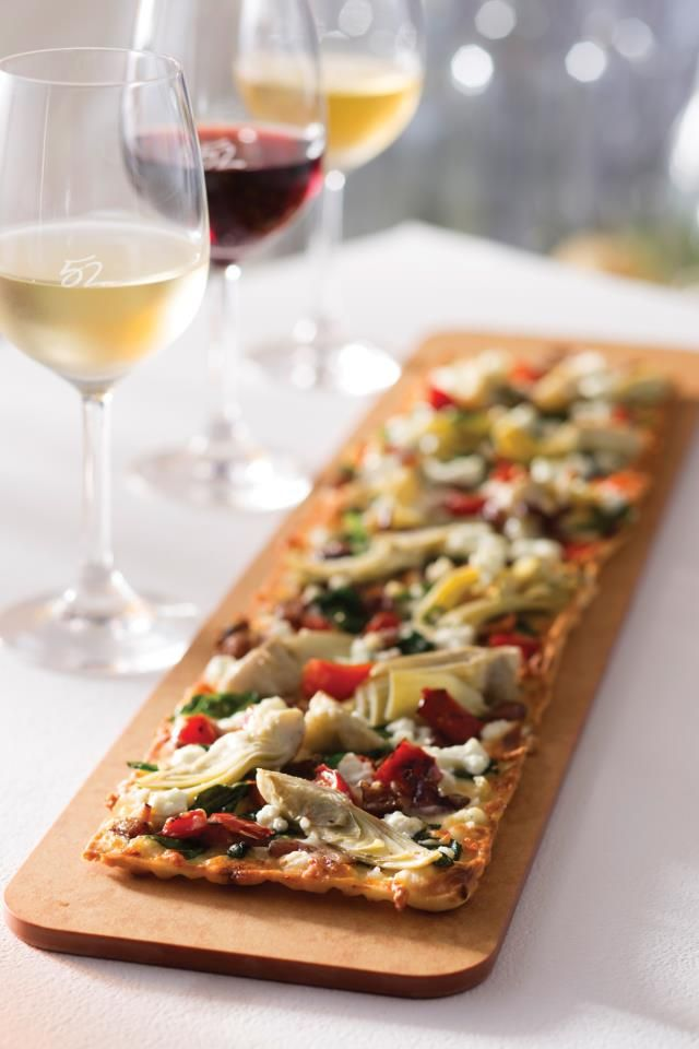 Artichoke & #LauraChenel Goat Cheese #Flatbread made with leaf spinach ...