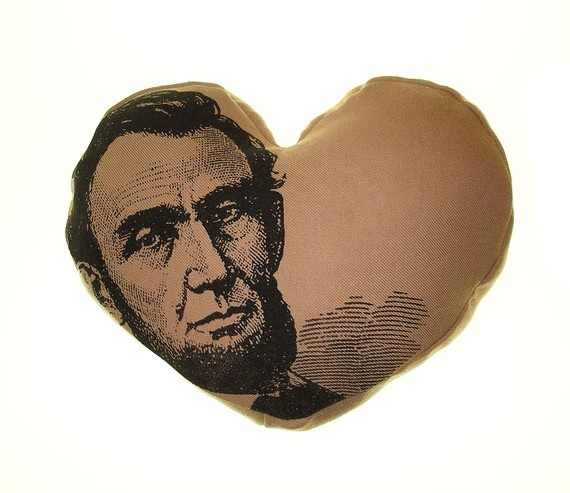 I do. I <3.Abraham Lincoln, Clothing Clothing, Heroes Geek, Favorite Presidents, Lincoln Pillows, Abed Lincoln, Lincoln File