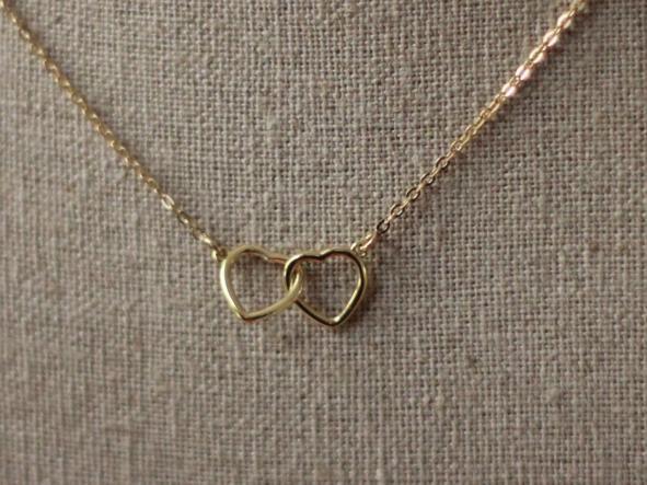 gargantilla AMOR-AMOR con cadena y dos corazones en unycojewels.com