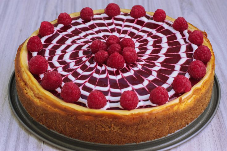 Vanilkový cheesecake s malinovo levandulovým želé - Powered by @ultimaterecipe