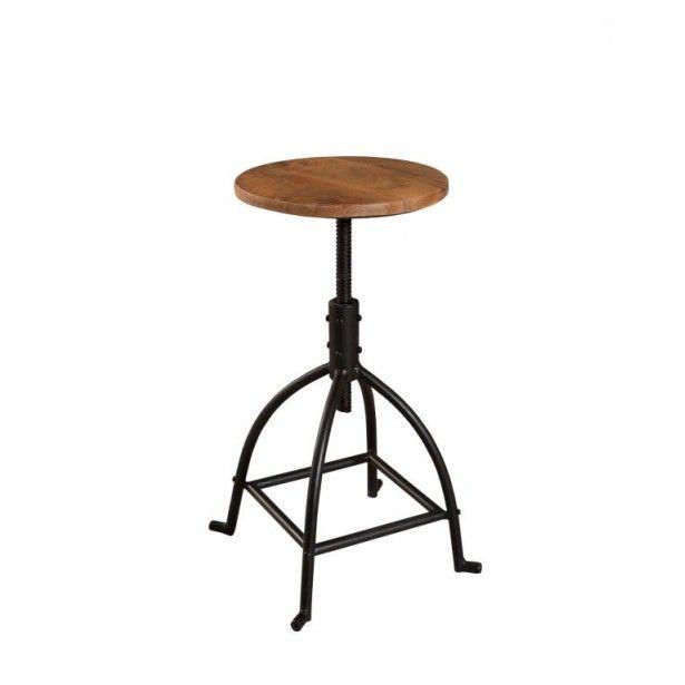 Accessoirisez votre pièce grâce au splendide tabouret bas métal bois Ralf ! D'une hauteur de 49 cm, il dévoile un élégant piétement métallique noir courbe renforcé par des barres transversales, le tout prolongé d'une tige tenant une assise ronde en manguier. Assurément, il saura accessoiriser votre table mange-debout ou meuble de bar tout en se montrant ultra pratique et confortable. Il élira domicile dans votre cuisine ou salle à manger esprit industriel.