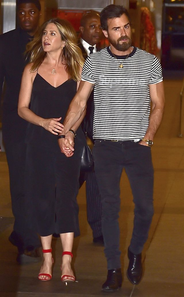 Jennifer Aniston Steps Out In A Chic Black Jumpsuit For N Y C Date Night With Justin Theroux