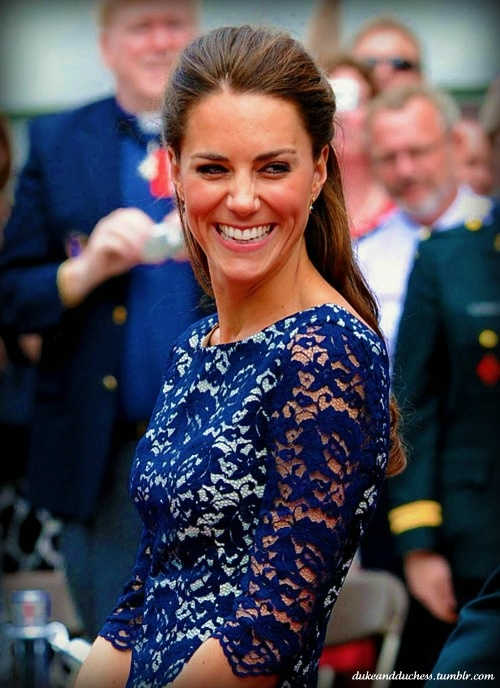 kate middleton in blue lace.