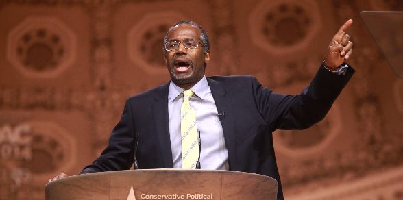 Dr. Ben Carson has changed his mind on gun control, and is now warning Americans to never register their guns, for fear of economic collapse and martial law.