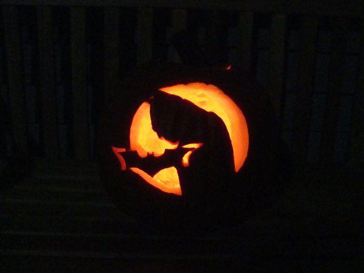 Best 20 batman pumpkin stencil ideas on pinterest - Breathtaking halloween decoration using batman pumpkin carving ...