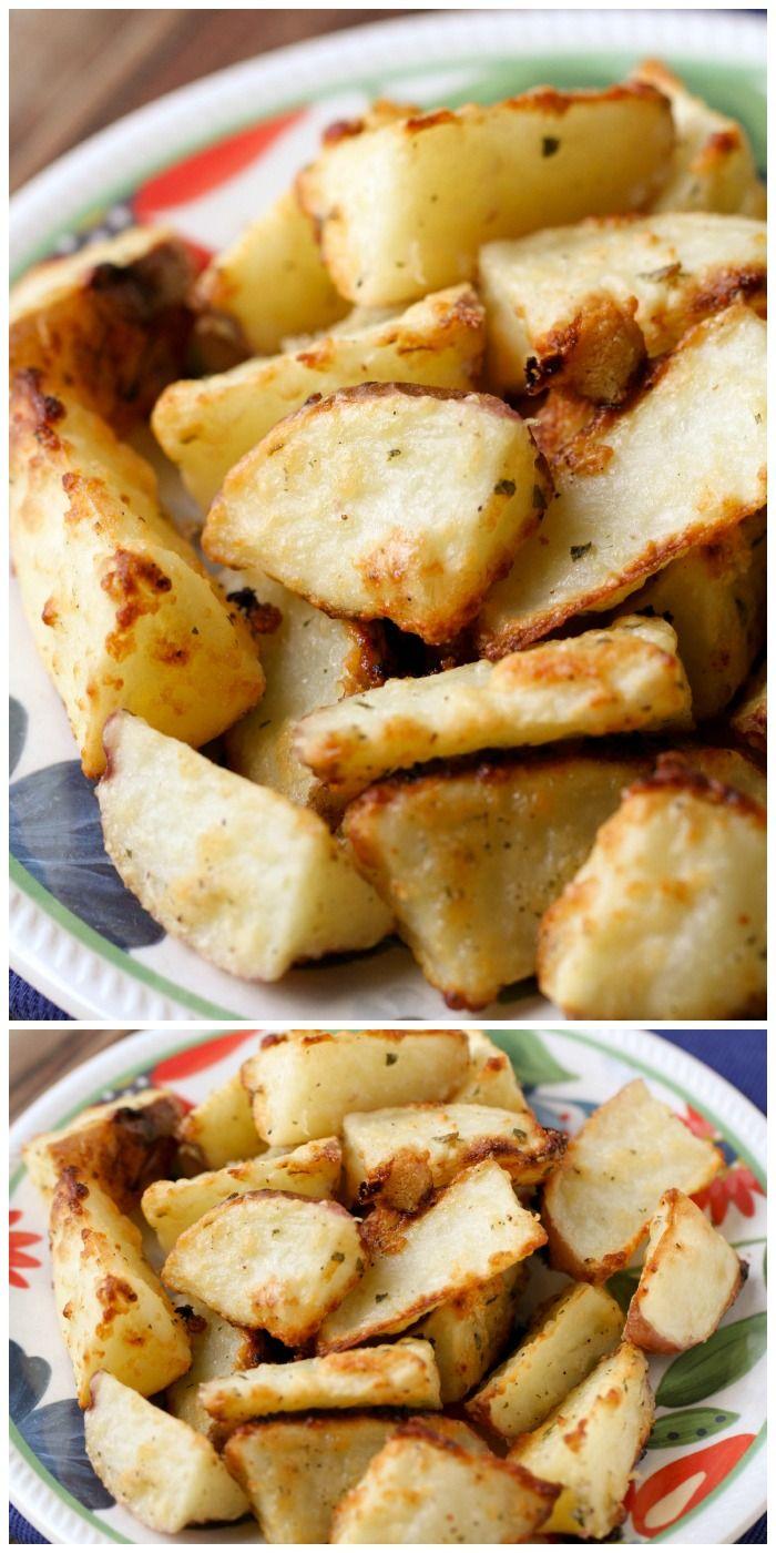 Simpe y delicioso al horno parmesano patatas - un gran plato!  {Lilluna.com}