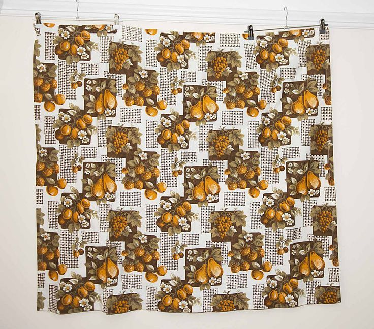 A Pair of Vintage Floral/ Fruit Orange Brown + White Curtains - W47  L41  -Small
