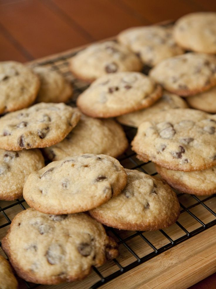 Tate's Chocolate Chip Cookies - my copycat recipe that tastes AMAZING!