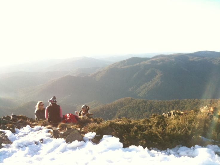 Spring sunset drinks on the summit with seasonnaire friends