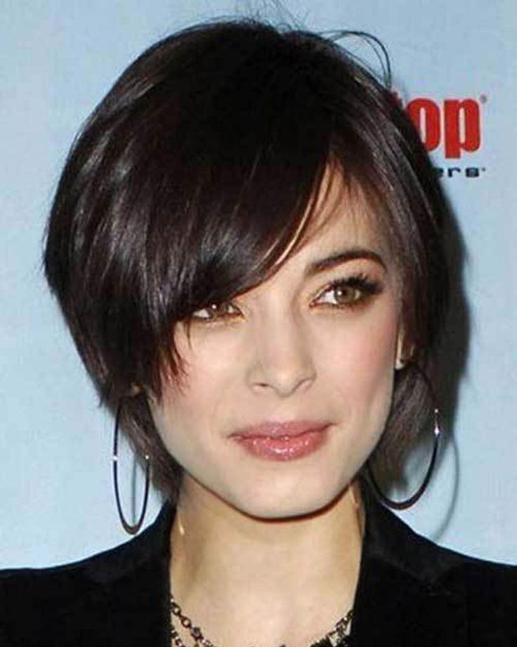Modern short haircut fine hair 20202021 Thin hair