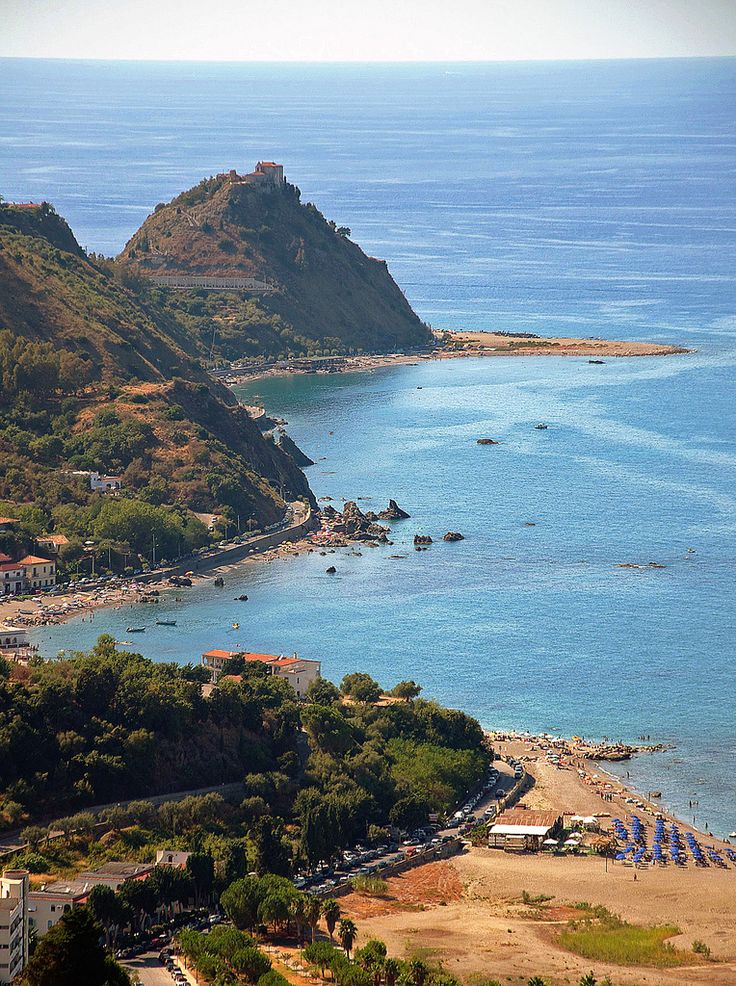 #Sicily #Italy - Where #pasta was first born. A traditional Italian Meal in a awesome Italian setting with a great view.