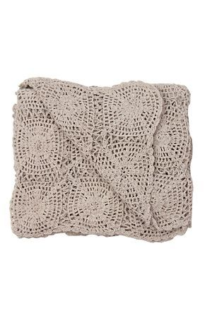 Made from 100% cotton, and hand crocheted, this throw offers beauty, craftsmanship as well as warmth. Measures 140x170cm