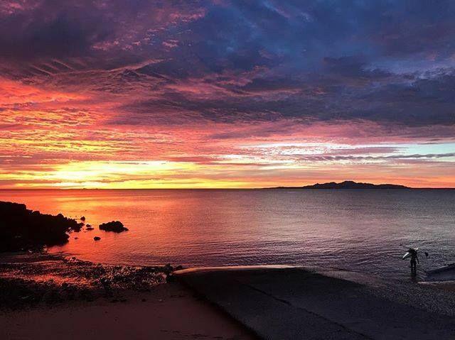 Paisajes que enamoran 😍 #SanFelipe te espera. #FelizJueves  Inicia tu viaje visitando: www.descubresanfelipe.com #Sunset #BajaCalifornia #EnjoyBaja #Baja #BC #Playa #Mar #Sea Aventura por alexadmlg_