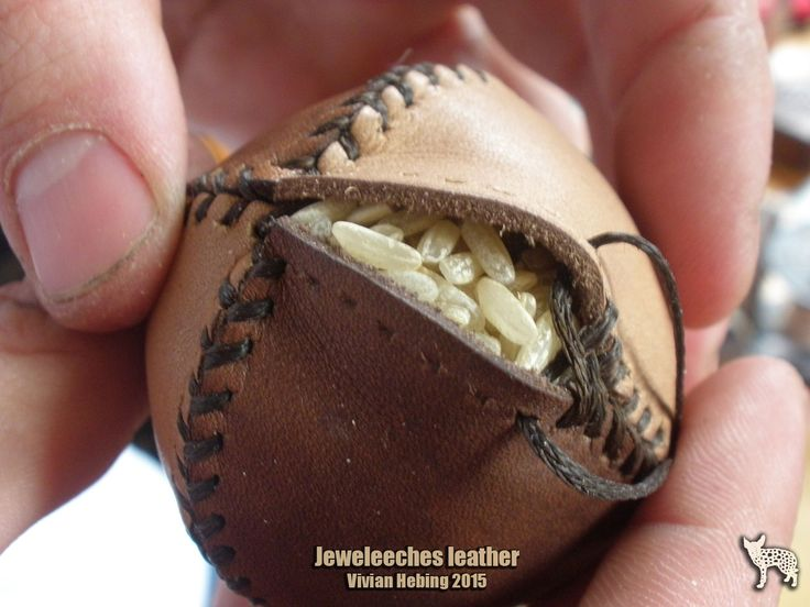 >>> Making a juggling ball of natural tanned leather, filled with rice, by Jeweleeches Vivian Hebing! Do you want to see more of my work, you can find me on facebook or Etsy too!