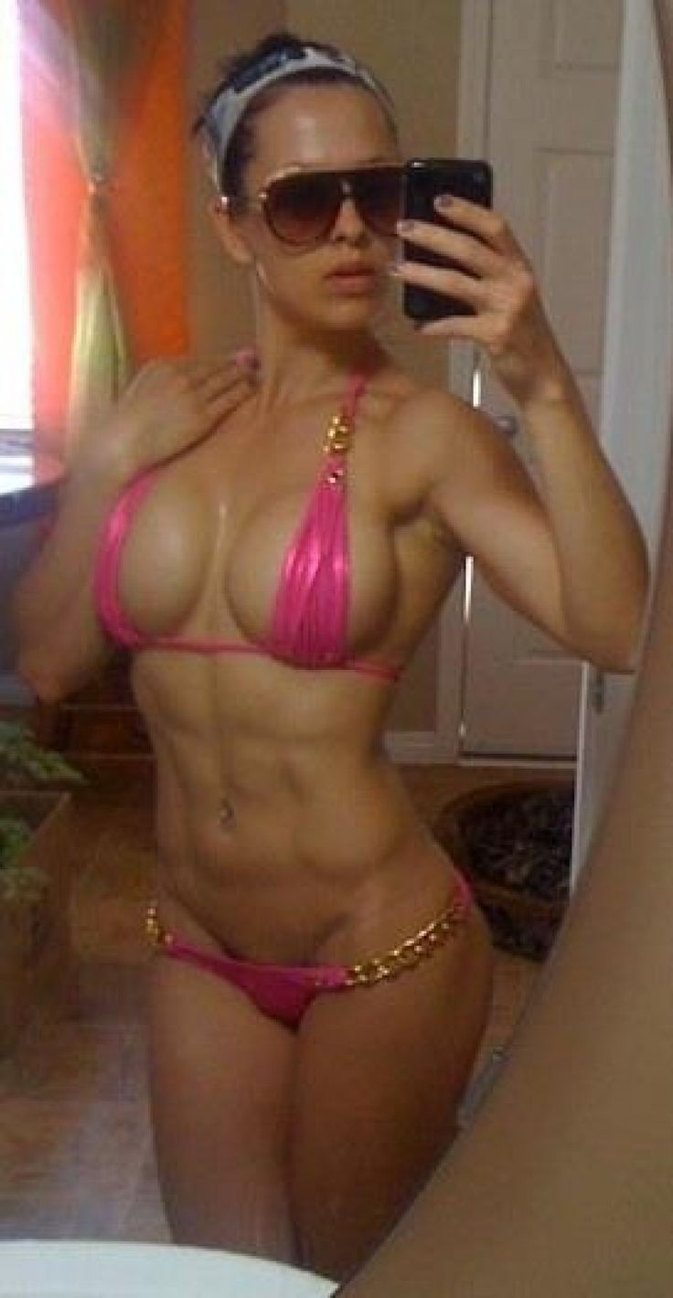 hot muscle mom naked