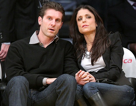 Bethenny Frankel and her husband Jason Hoppy attend a game between the Sacramento Kings and the Los Angeles Lakers at Staples Center on December 3, 2010 in Los Angeles, California.