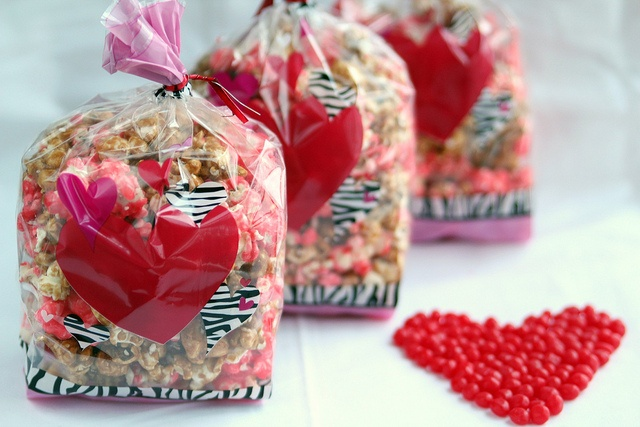 Red Hot popcorn mixed with Carmel Corn for Christmas gifts?