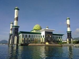 Mesjid al munawarah Ternate