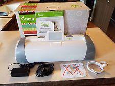 Expresión Cricut 2 con dos cartuchos precargados!!!