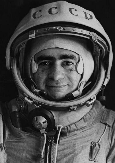El cosmonauta inexistente Ivan Istochnikov. (Creado por Joan Fontcuberta).